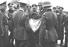 220px-Himmler_with_Hitler,_Poland_september_1939 (220x152, 9Kb)