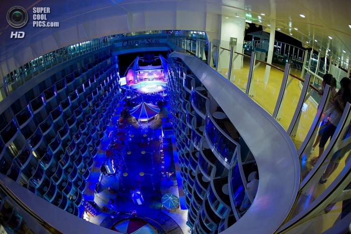 круизный лайнер оазис морей фото 6 (700x466, 300Kb)
