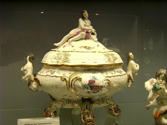 Meissen-Porcelain-Jar (700x525, 364Kb)