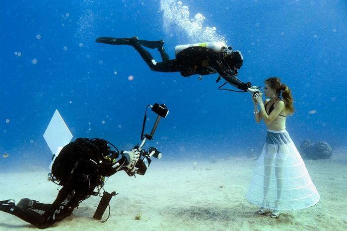 подводная фотосессия 6 (700x466, 253Kb)