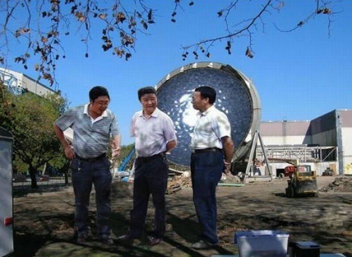 китайские чиновники фотожаба 5 (700x513, 145Kb)