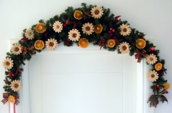 Идея праздничного декора из тыквенных семечек (1) (593x391, 95Kb)