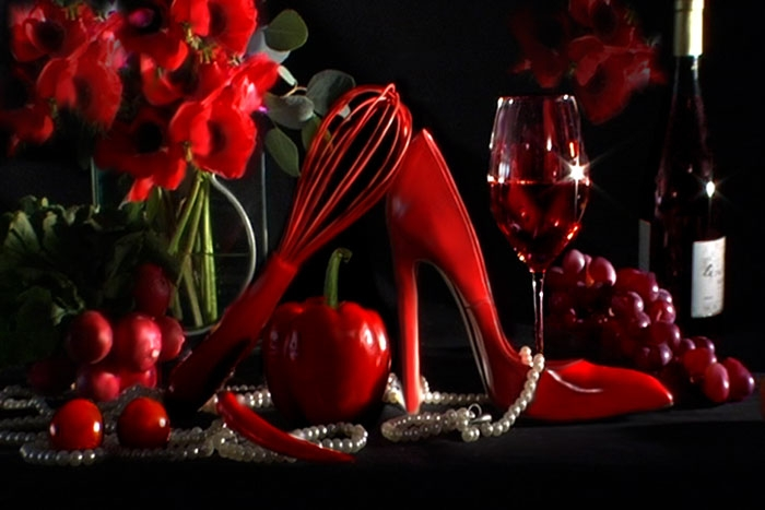 red-shoe-still-life-3 (700x467, 156Kb)
