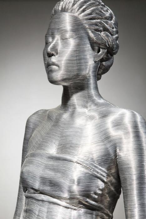 скульптуры из проволоки 6 (467x700, 208Kb)