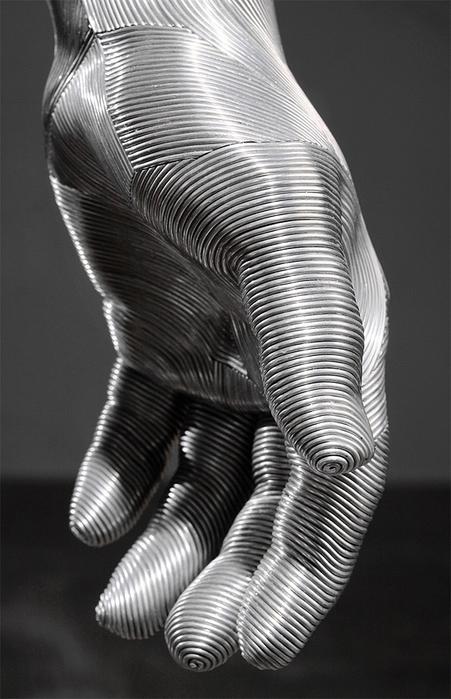 скульптуры из проволоки 12 (451x700, 219Kb)