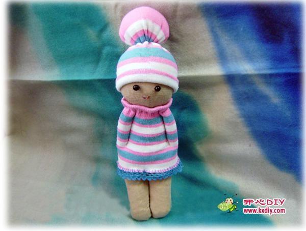 игрушки из носков. куколка и зайчик (9) (600x454, 117Kb)