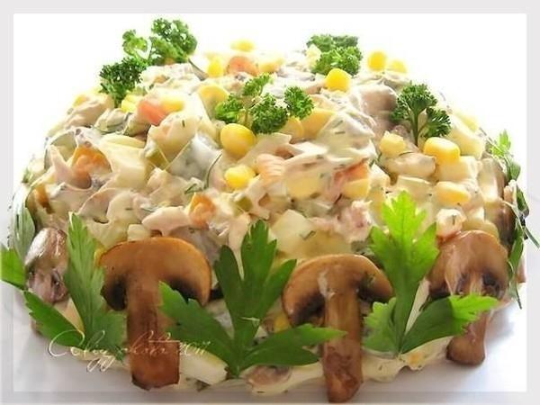 салат с курицей и грибами (600x450, 144Kb)