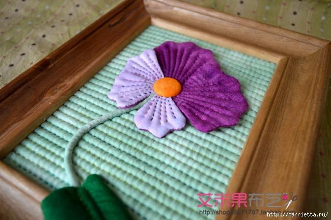 Текстильное панно с цветком (1) (650x432, 198Kb)