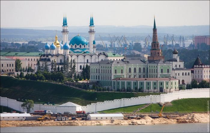2Казанский Кремль. (700x445, 89Kb)