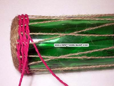 Оплетаем бутылку. Плетение джутом (12) (400x300, 75Kb)
