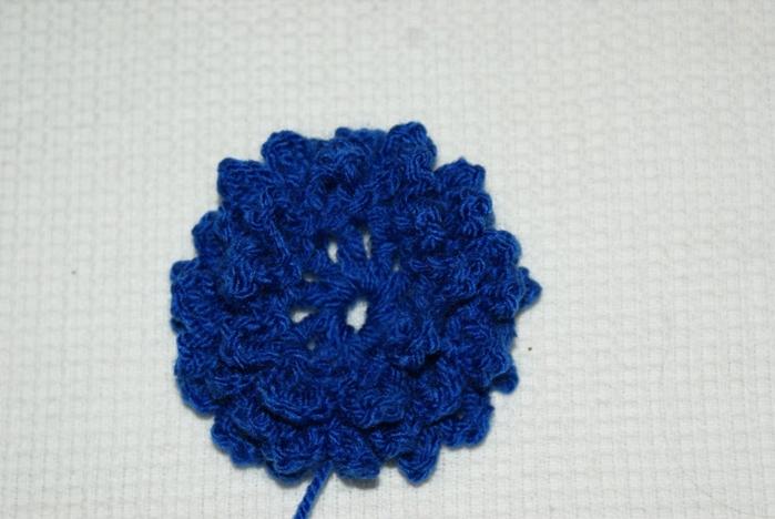 Пушистые цветы в три слоя