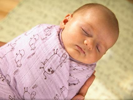 гласила, что доскальки месяцев пеленают ребенка и как это важно Guahoo