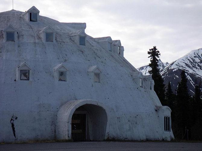 заброшенный отель фото 8 (670x503, 171Kb)