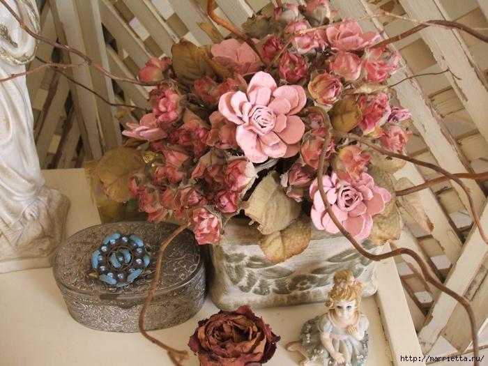 красота из картона- цветы из яичных лотков (3) (700x525, 316Kb)
