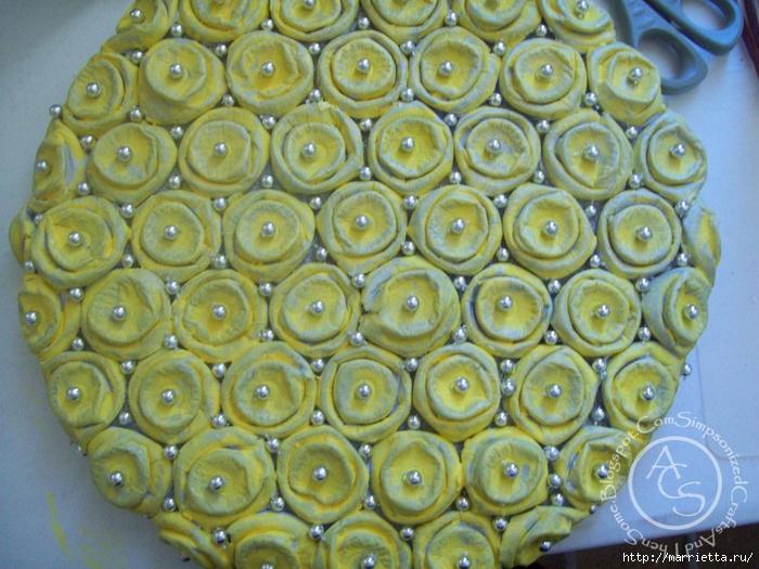 красота из картона- цветы из яичных лотков (50) (700x525, 332Kb)