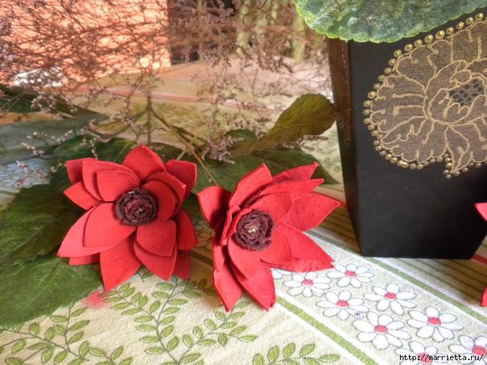 красота из картона- цветы из яичных лотков (70) (700x525, 330Kb)