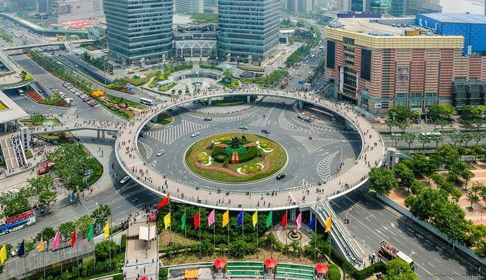 пешеходный мост в шанхае китай 7 (700x403, 318Kb)