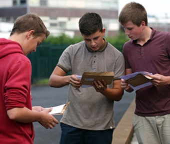Дрезден - отчисление студентов по ошибке  (340x287, 69Kb)