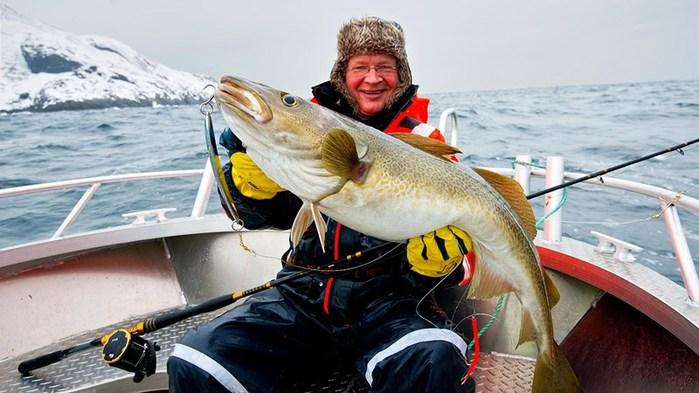 3578968_FishingLofoten1400 (700x393, 80Kb)