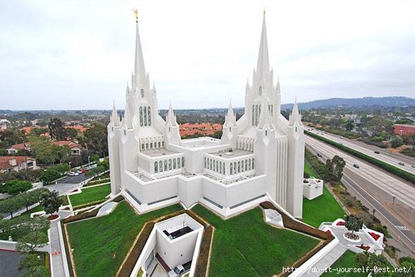kalifornijskij-xram-mormonov-3 (600x400, 181Kb)