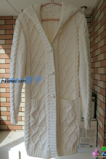 пальто-спицами-с-капюшоном (350x523, 179Kb)