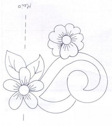Подушки из мешковины и бархата с цветочной вышивкой (10) (376x425, 64Kb)