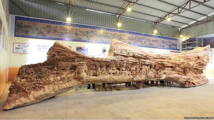 самая большая скульптура из дерева фото (700x393, 229Kb)