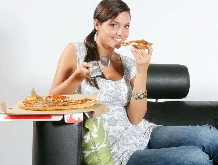 Как утолить голод, когда сильно хочется есть, но нет времени на обед!