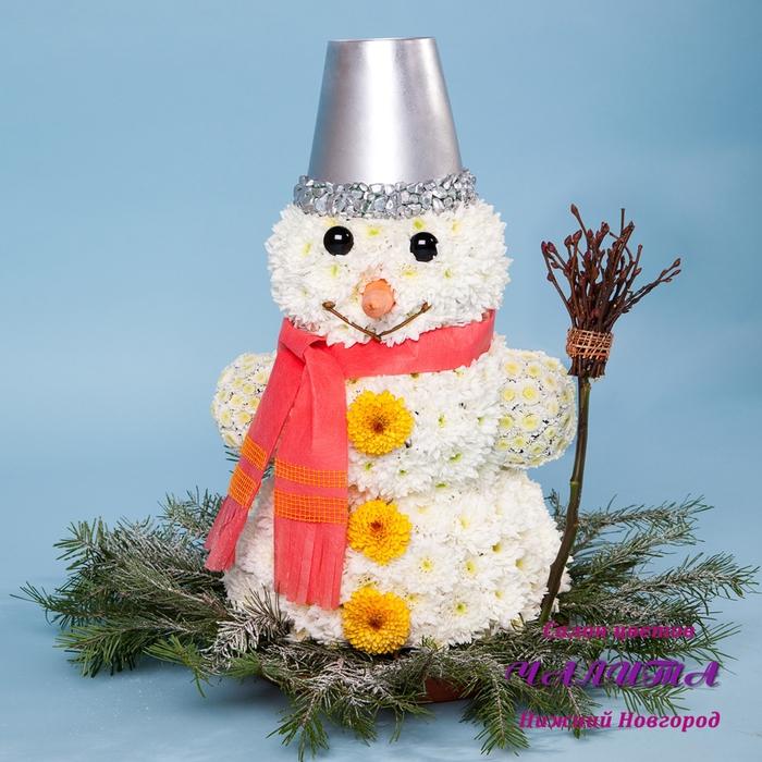 снеговик из цветов (4) (700x700, 334Kb)