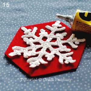 Снежинки крючком для праздничной сервировки стола (16) (300x300, 80Kb)