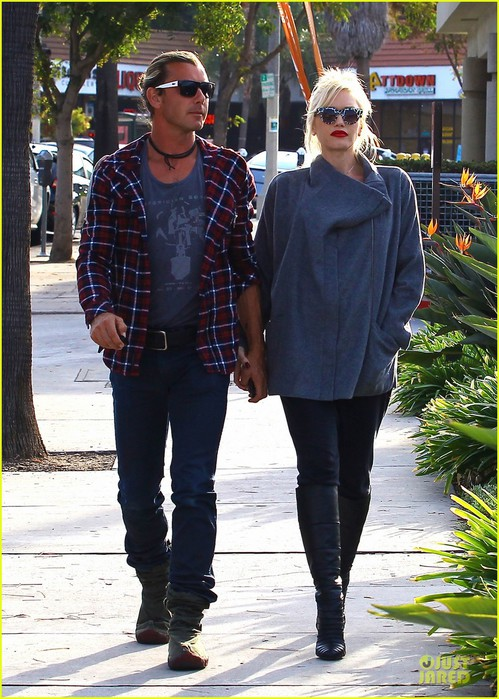 gwen-stefani-gavin-rossdale-hold hands-after-tennis-gala-17 (499x700, 126Kb)