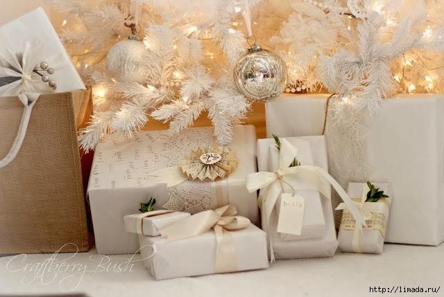 christmaspresentsundertreecraftberrybush (640x429, 175Kb)
