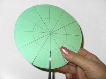 Мастер-класc-Елка-из-цветной-бумаги-—-ПОДЕЛКА-2 (349x261, 48Kb)