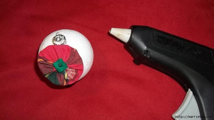Текстильный елочный шар в технике йо-йо. Мастер-класс (16) (700x393, 183Kb)