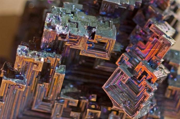 кристалы висмута 4 (700x466, 364Kb)