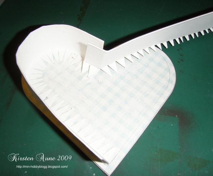 caja en forma de corazón con las manos (10) (700x576, 254Kb)