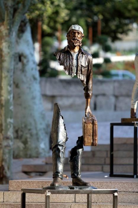 скульптуры Бруно Каталано (466x700, 206Kb)