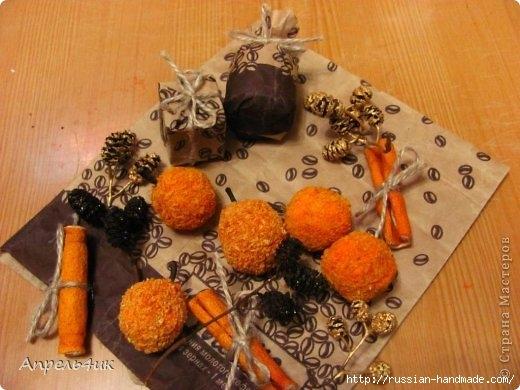 Санки, снеговик и елочка из джута и кофейных зерен. Мастер-класс (25) (520x390, 133Kb)