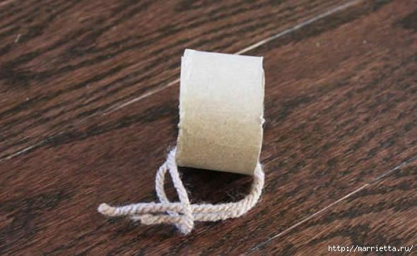Дед Мороз и елочная игрушка из картона (8) (590x363, 120Kb)