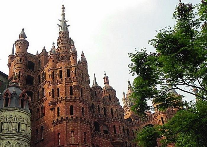 Chongqing-castles-5 (700x499, 173Kb)