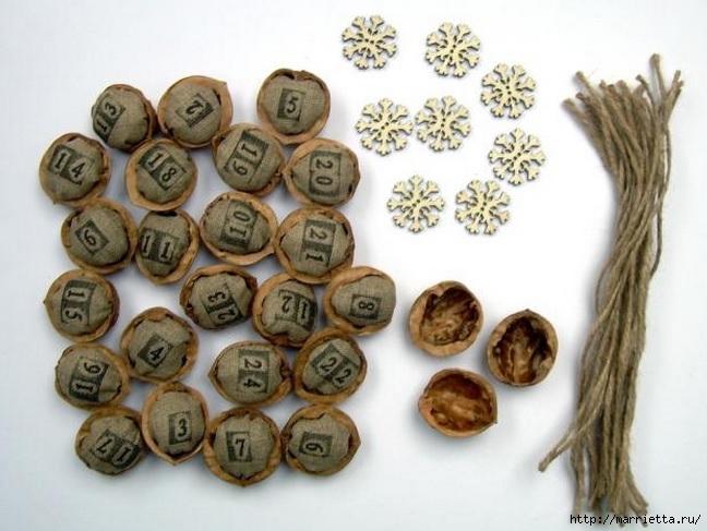 Идеи упаковки новогодних подарков. Шьем мешочки и украшаем их орешками (3) (648x487, 176Kb)
