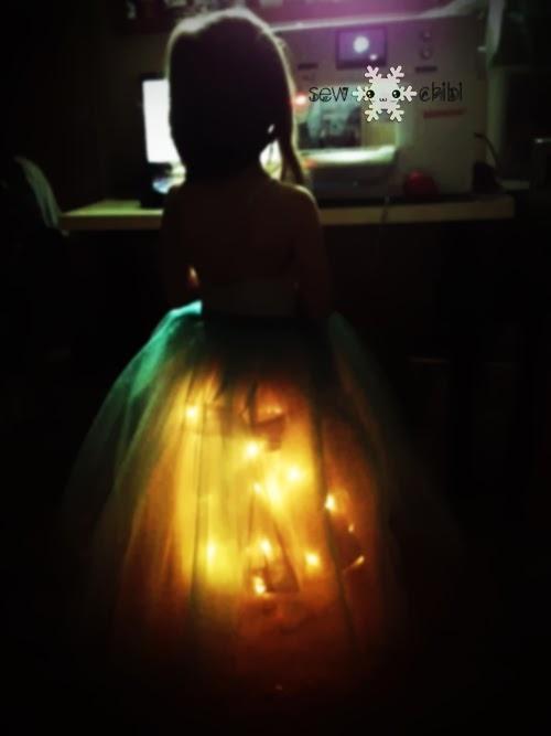 Светящийся наряд для маленькой принцессы (10) (500x667, 79Kb)