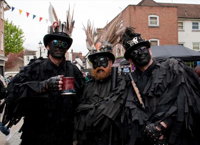 фестиваль трубочистов в англии 4 (700x506, 343Kb)