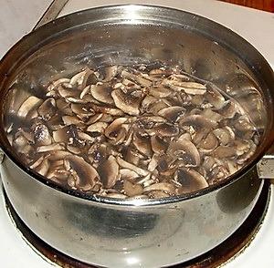 Рецепт супа-пюре из шампиньонов (2) (300x294, 89Kb)