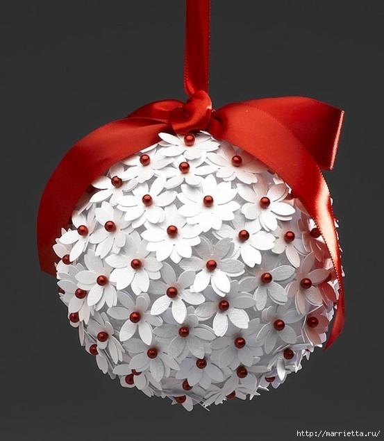 Королевские елочные шары.