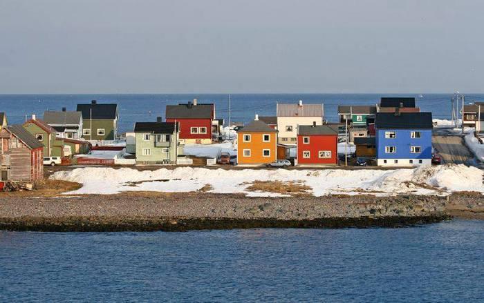 3578968_Vardo_2892_m_to_the_Mainland_Hurtigruten (700x439, 50Kb)