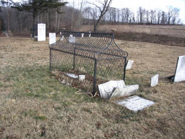 могильные сейфы mortsafe 7 (635x476, 194Kb)