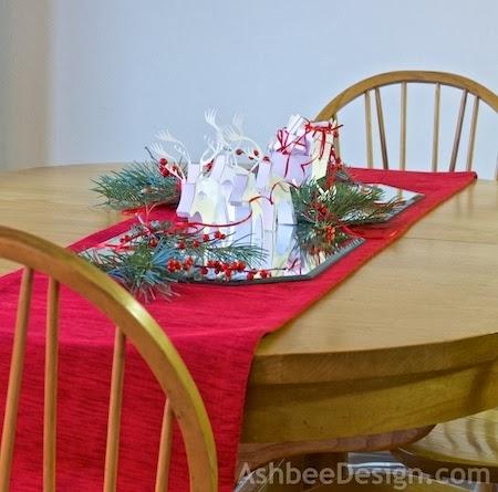 Renos y trineo con los regalos de Navidad de papel.  Plantillas (4) (450x445, 121Kb)