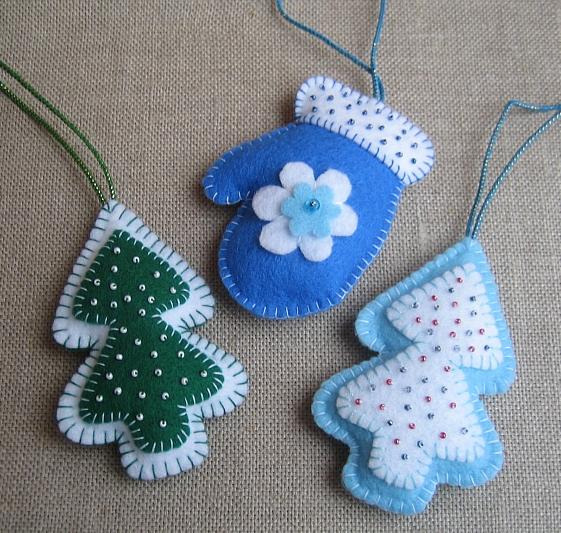 Новогодние игрушки из фетра своими руками фото