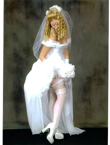 gretel-wedding-dress (379x500, 89Kb)